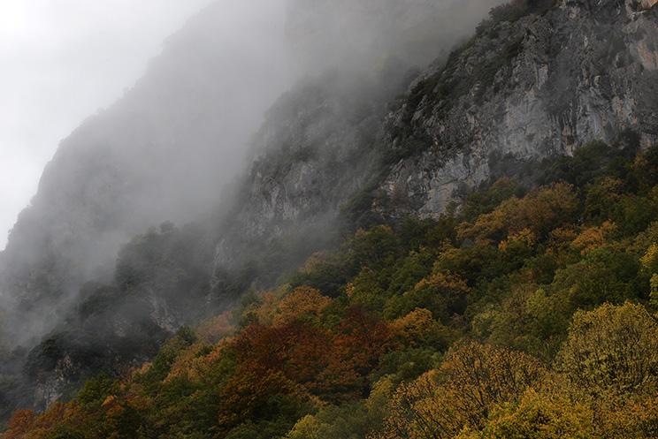 Pirineos, valle de hecho